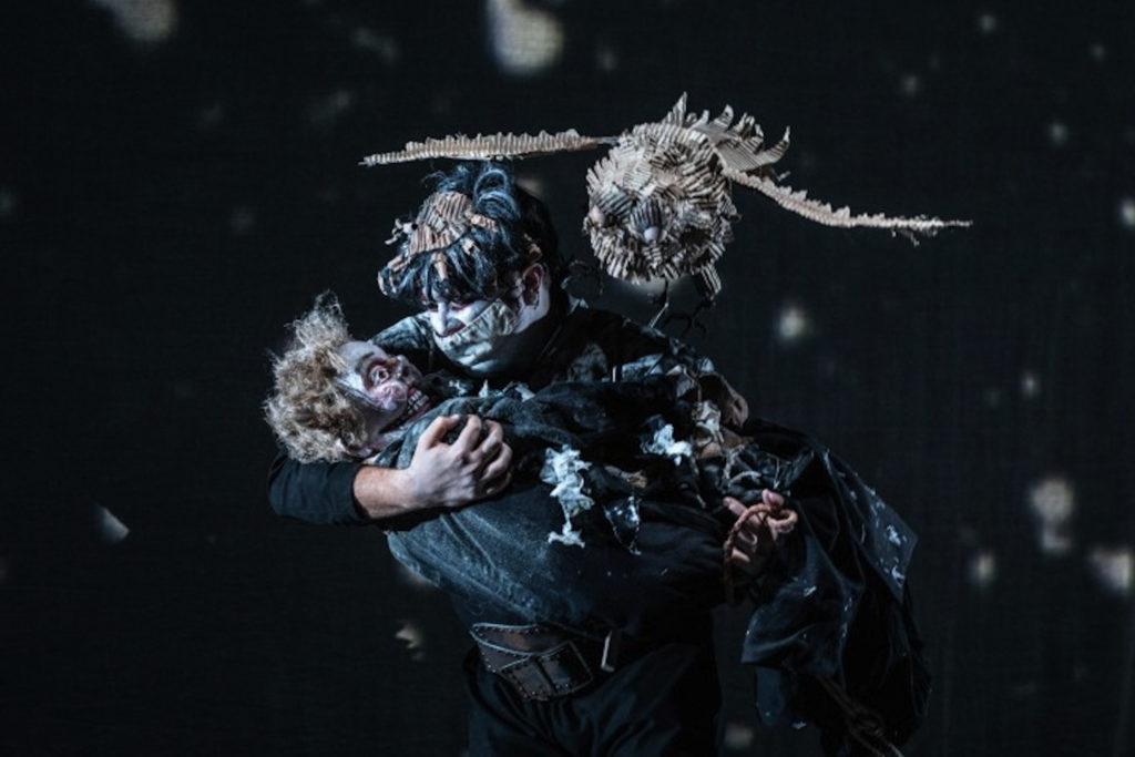 L'Homme qui rit par le Théâtre La Licorne au Festival de Charleville-Mézières