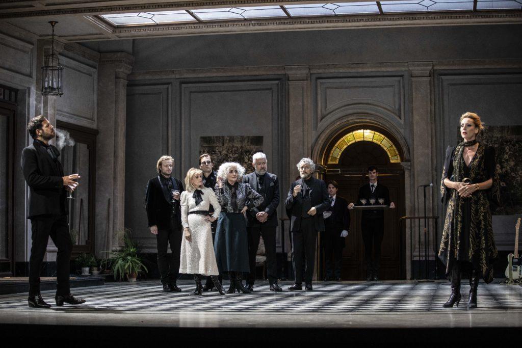 """""""Le Côté de Guermantes"""" d'après Proust, mise en scène de Christophe Honoré, au Théâtre Marigny"""