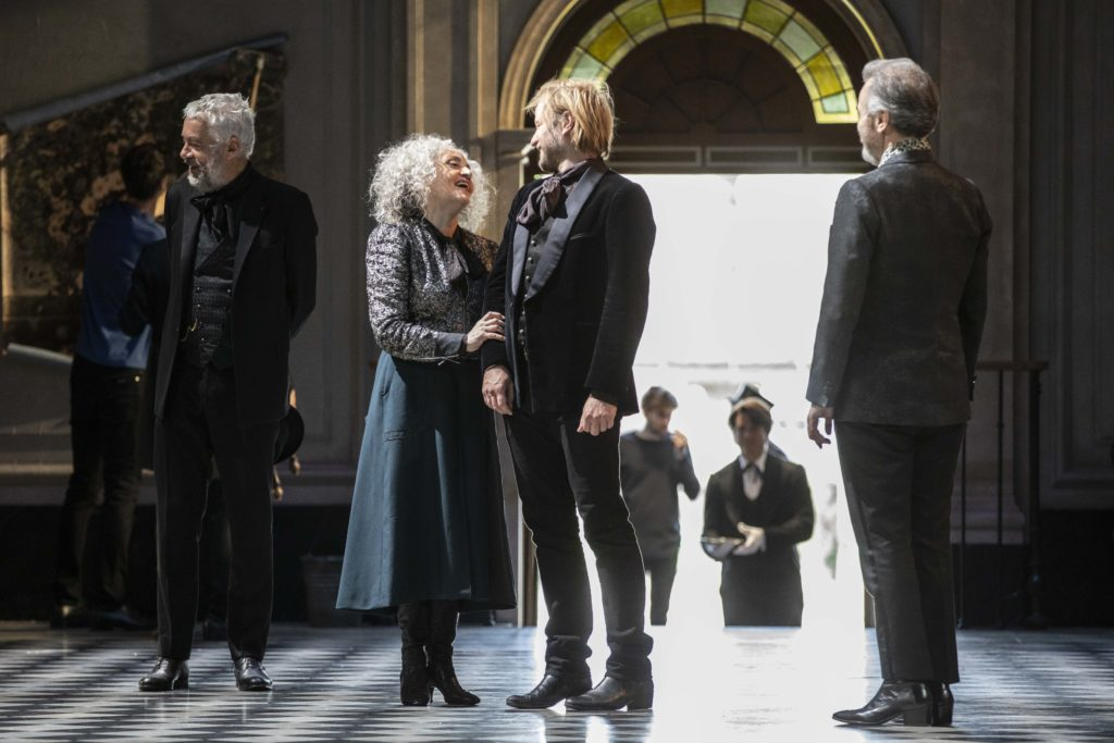 """""""Le Côté de Guermantes"""", par la troupe de la Comédie-Française, au Théâtre Marigny"""