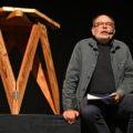 Jean-Pierre Darroussin lisant